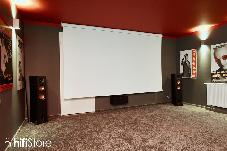 ekran-do-kina-domowego